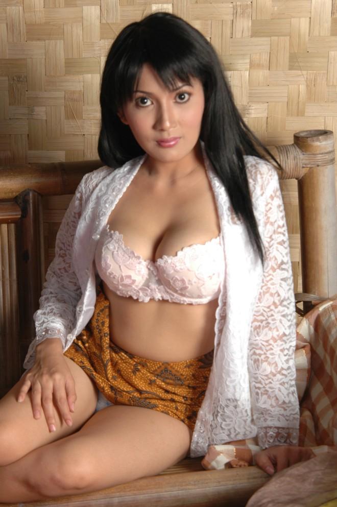Koleksi Foto Model Indo Berpose Bugil